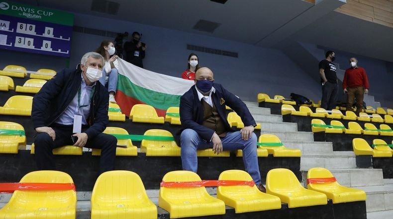 """Спортният Министър Красен Кралев подкрепи националите ни за Купа """"Дейвис"""" (СНИМКИ)"""