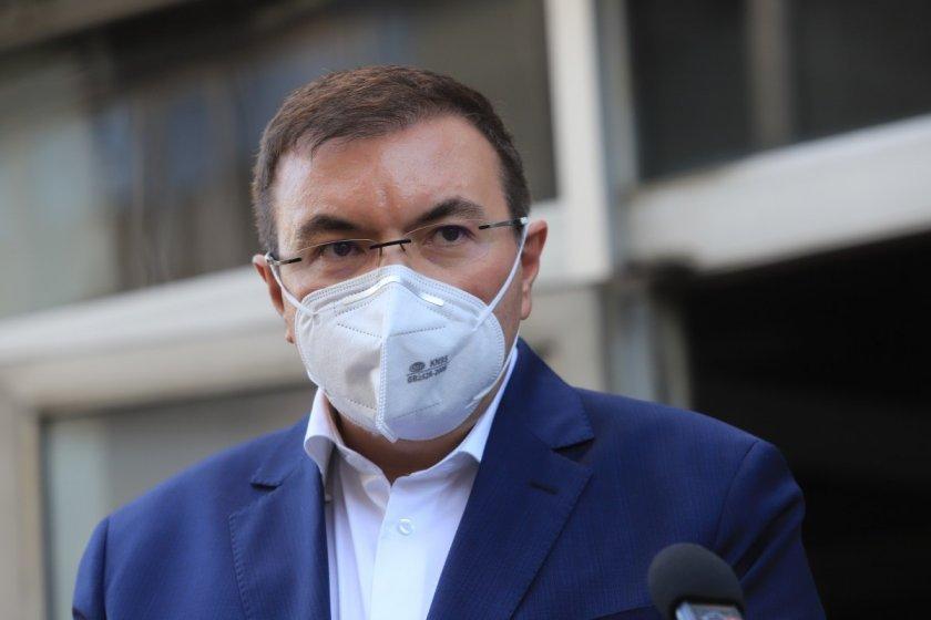 Министър Ангелов: България настоява за единно решение за ваксината на Астра Зенека