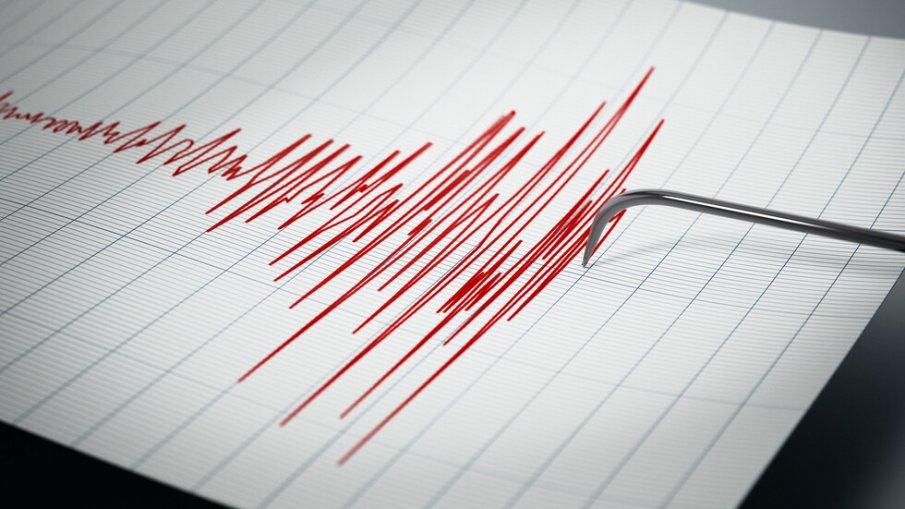 Земетресение край Егейско море люшна турски окръг