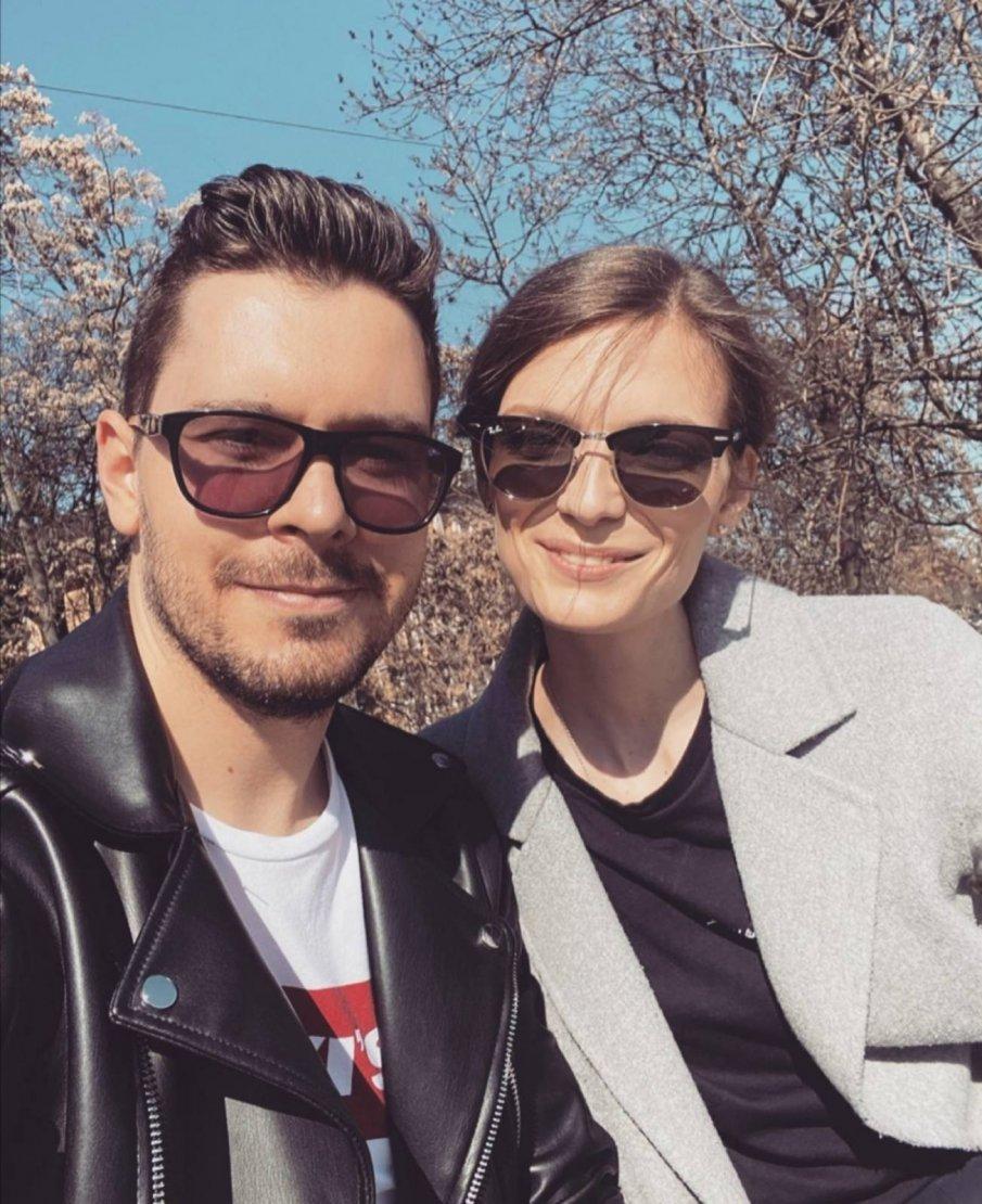 Нора Шопова насрочи дата на сватбата си