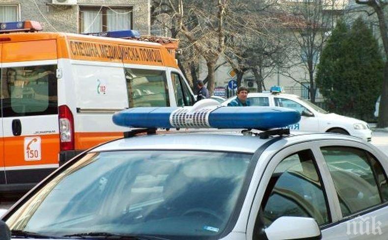 ОТ ПОСЛЕДНИТЕ МИНУТИ: Тежка катастрофа с жертва край Смядово, движението е затруднено