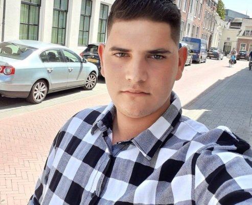 Сатовчанско село в шок: 20-годишният Хакан загина в тежка катастрофа в Холандия. Очакват тялото му
