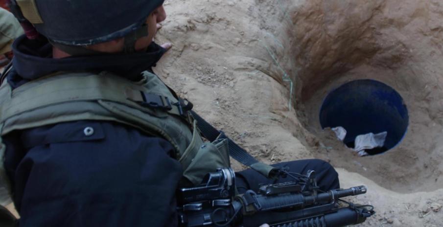 Разкриха таен тунел за прехвърляне на терористи и мигранти към Турция