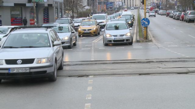 Шофьори недоволстват от пътна маркировка в центъра на София