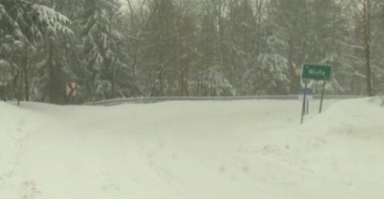 Сняг покри Полша