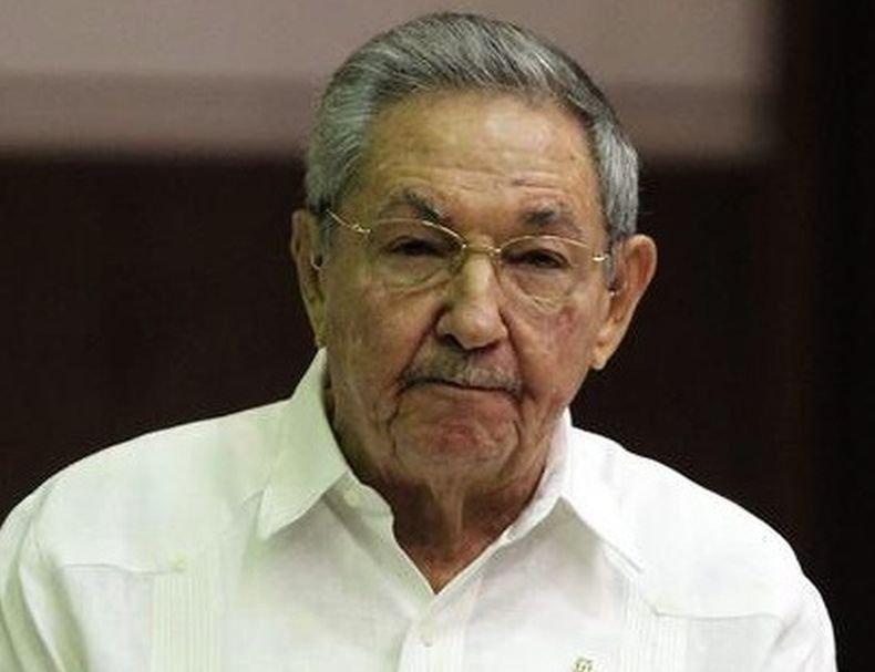 Раул Кастро се оттегли от ръководството на управляващата партия в Куба
