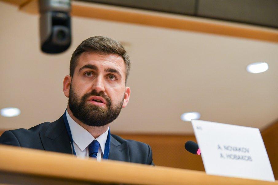 МЪЛНИЕНОСНО: Андрей Новаков сезира Европарламента за политическа намеса на ДеБъ и Христо Иванов в работата на КПКОНПИ