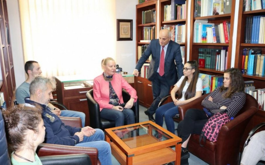 Стефка Костадинова вдъхнови студенти за спортни подвизи