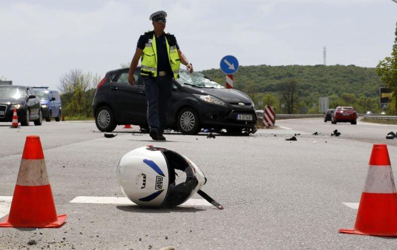 ТРАГЕДИЯ: 22-годишен моторист загина на пътя Хасково - Димитровград (СНИМКИ)