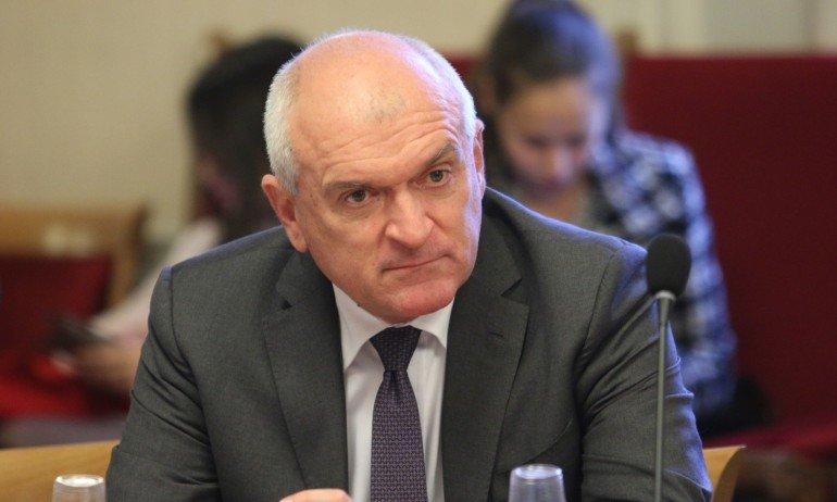 ВОЙНИШКИ СПОМЕН: Димитър Главчев се пусна от казармата (СНИМКА)