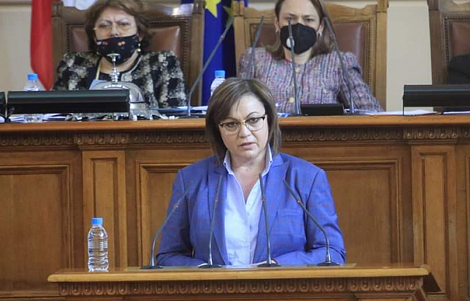 Корнелия Нинова натисна депутатите за преизчисляване на пенсиите