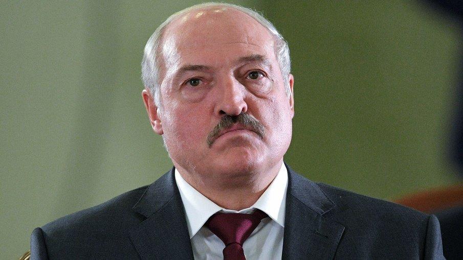 Лукашенко се похвали с жива ваксина срещу COVID-19