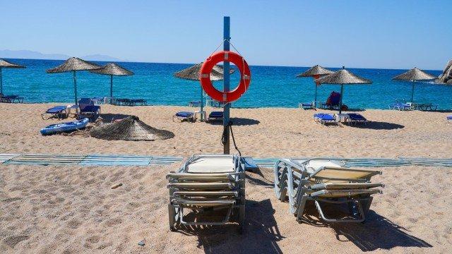 Гърция ускорява ваксинирането по островите, за да привлече туристи