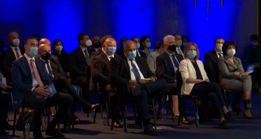 ПЪРВО В ПИК TV! Борисов стартира реформите в ГЕРБ, освободи Фандъкова и Димитър Николов като зам.-председатели: Не свалям доверие от тях, предстои ни много работа срещу парите на олигархията (ВИДЕО)