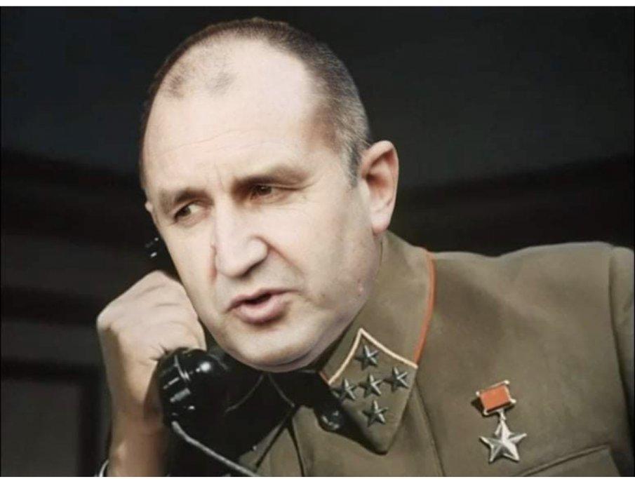 Радев цитира Сталин: Няма незаменими хора!