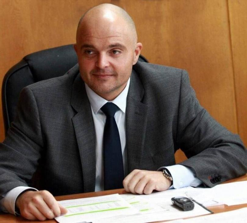 Радев си отмъсти по жалък начин на главния секретар на МВР Ивайло Иванов