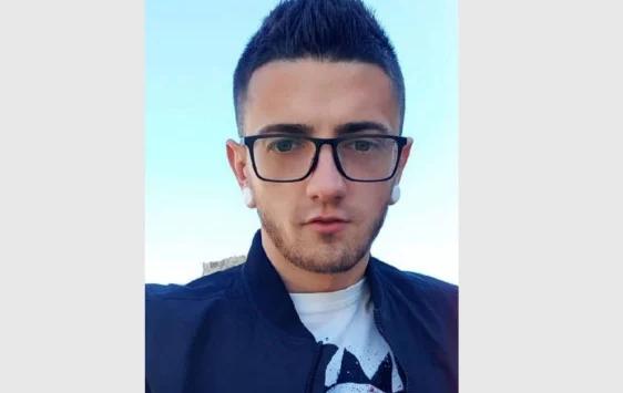 ТРАГЕДИЯ: 28-годишният Борислав издъхна внезапно в Испания по време на вечеря