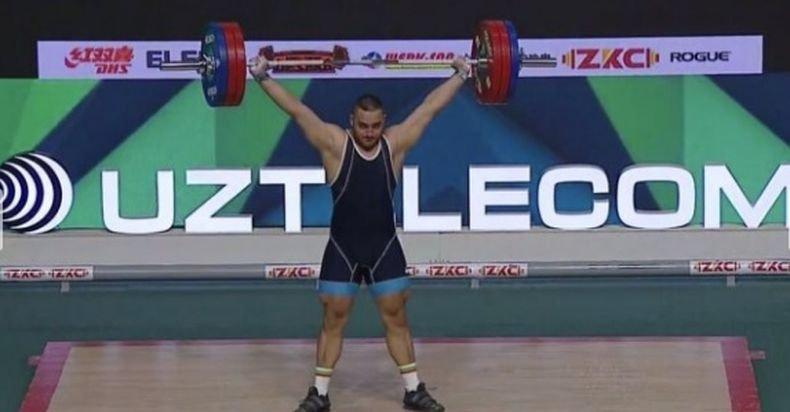 Българин стана световен вицешампион във вдигането на тежести при младежите