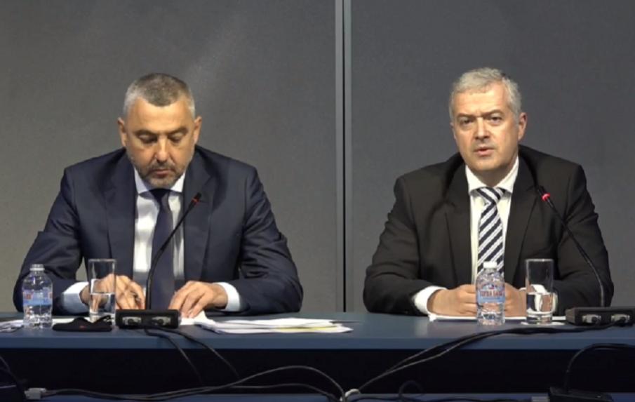 ИЗВЪНРЕДНО В ПИК TV! От външно министрество с извънредни новини за гласуването в чужбина - българите гласуват в 800 секции, има проблем с окомплектоването на избирателните комисии (ВИДЕО/ОБНОВЕНА)