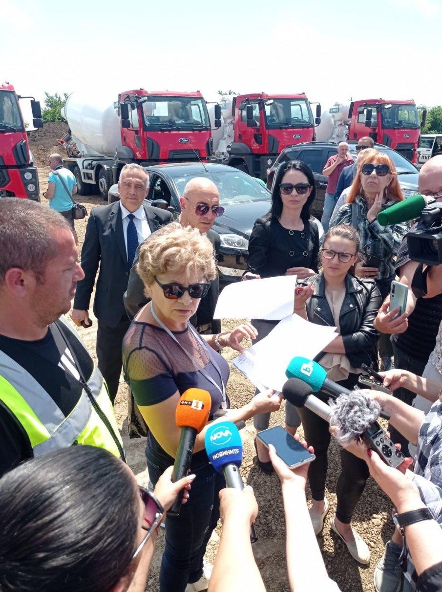 ГАФ: Регионалната министърка на Радев направила инспекция на паркинг, вместо на магистрала Хемус