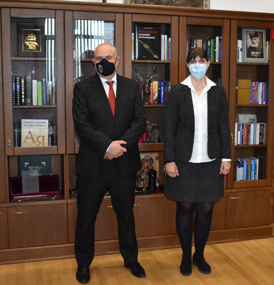Иван Гешев разкри какво са обсъдили с Лаура Кьовеши. Сред темите - корупцията и злоупотребите с евросредства