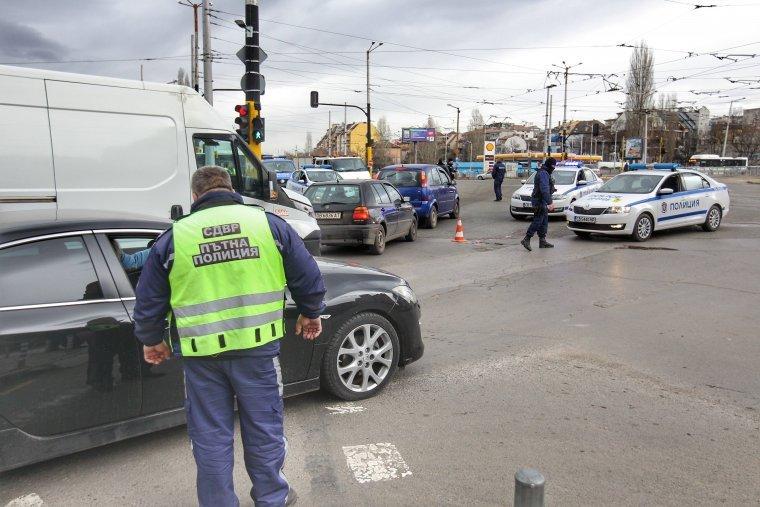 Пешеходец загина в катастрофа под моста на жп гара Подуяне