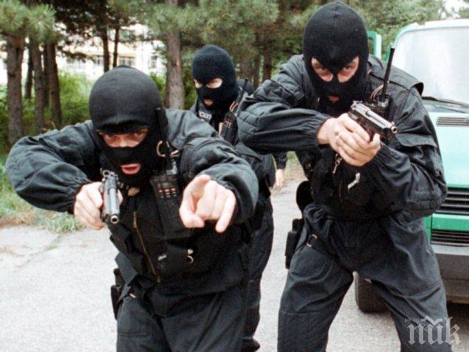 Проснаха двама след гонка с полицията в Бургас