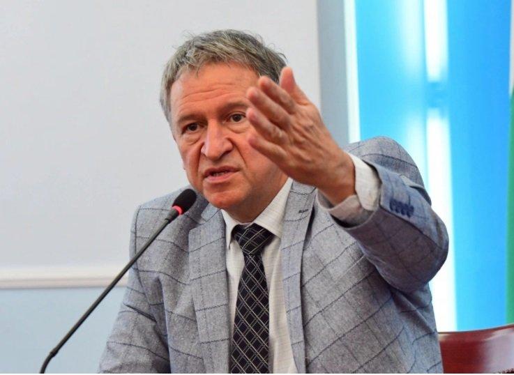 НАЙ-ПОСЛЕ! Прокуратурата погна Стойчо Кацаров заради бума на ковид сред децата и ръста на смъртни случаи на заразени българи