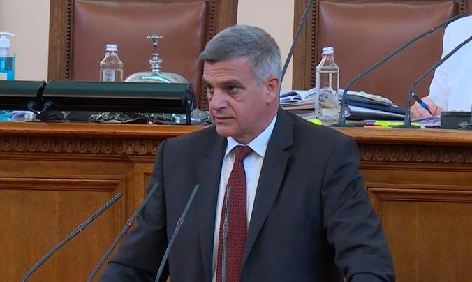 Премиерът Янев с две неистини за българския списък по Магнитски