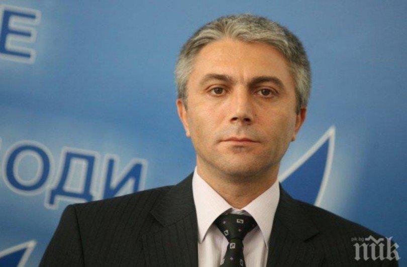 Кирил Петков, изборният туризъм и лицемерието на Карадайъ
