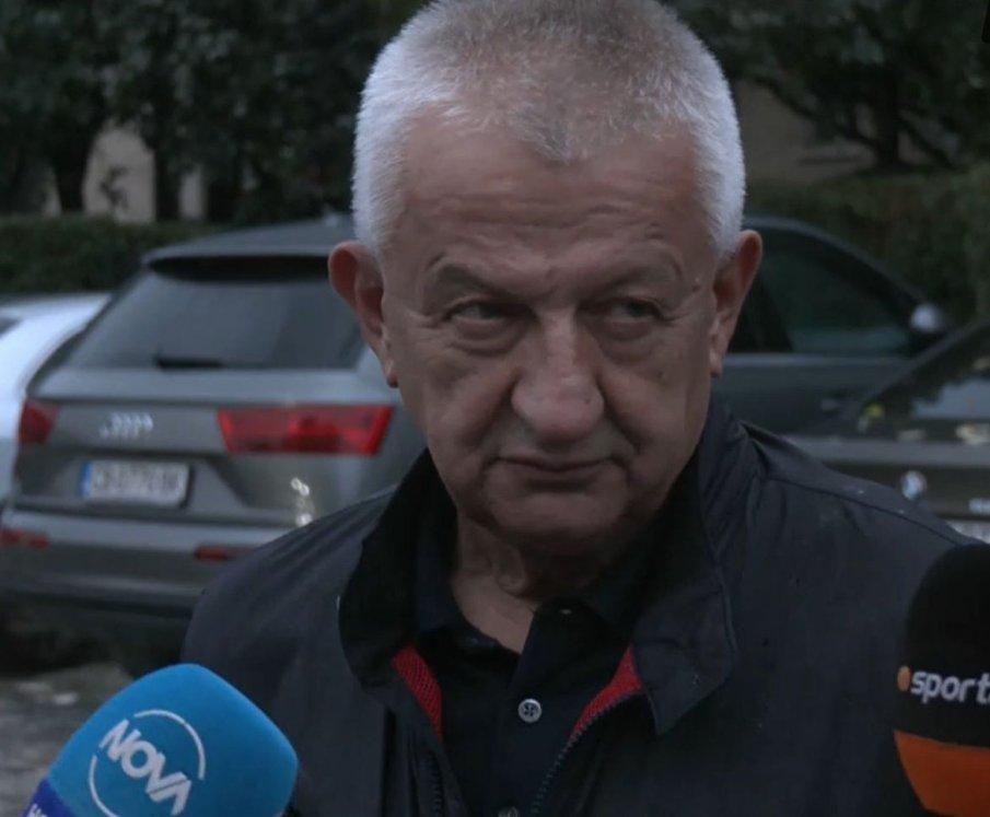 Собственикът на Локомотив (Пловдив) Христо Крушарски е искал в новия