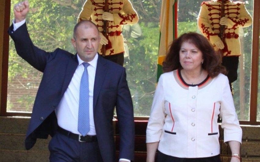 Тази неделя кандидат-президентската двойкаРумен РадевиИлияна Йотоваще изкачи Черни връх, съобщиха