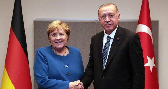 Германският канцлер Ангела ще проведе работно посещение днес в по