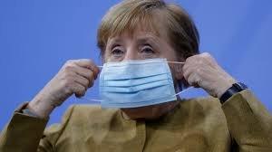 Пандемията удари рейтинга на партията на Меркел