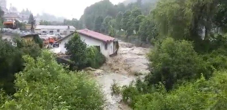 Продължава възстановяването на най-пострадалите от водното бедствие региони