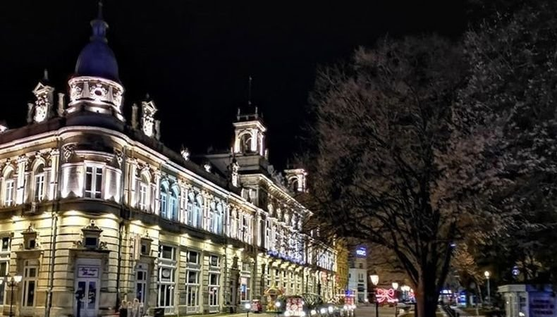 Русенският театър подарява на публиката си безплатен спектакъл