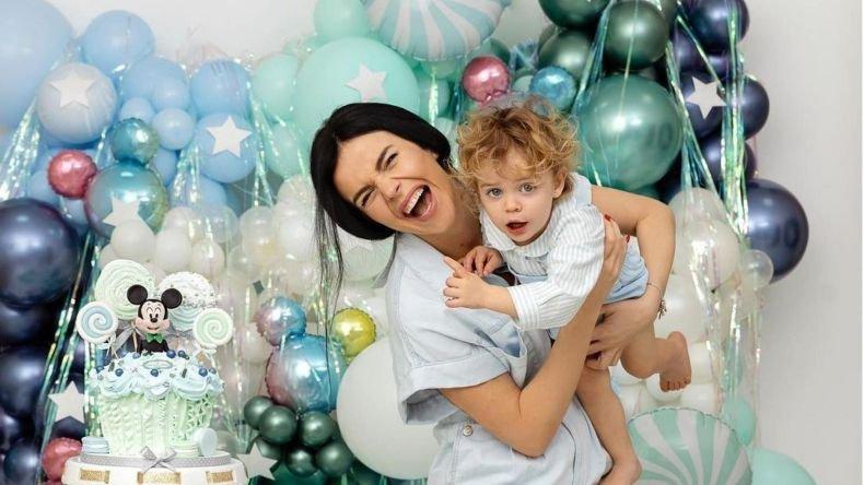 Мона Гочев спретна мини парти за рождения ден на сина си