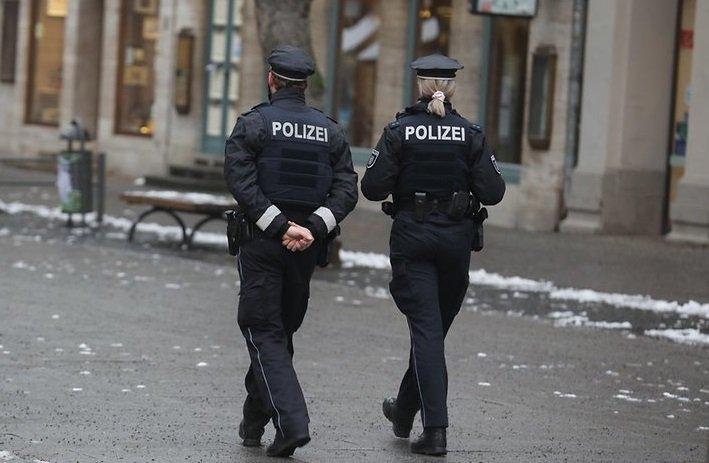 В Германия започва създаването на ковид-затвори