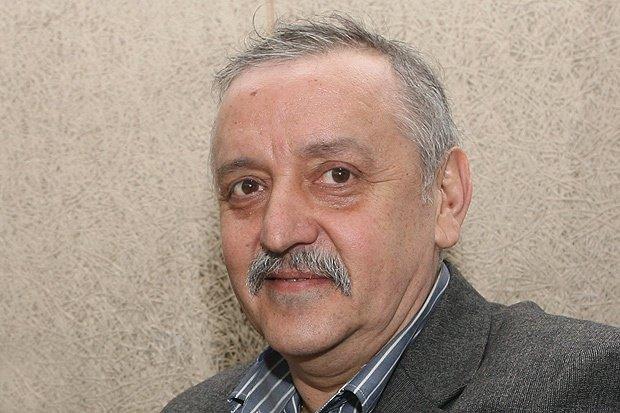 САМО В ПИК! Стотици медици и граждани в подписка за връщането на проф. Кантарджиев (ДОКУМЕНТИ)