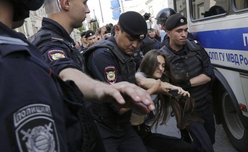 Арести на протести в подкрепа на Алексей Навални в Русия