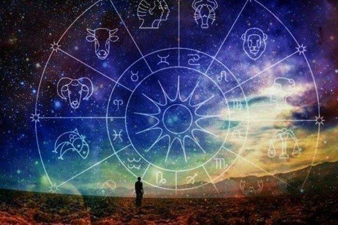 Астролог със супер прогноза: Днес всичко ви носи радост - денят е мирен, спокоен и светъл