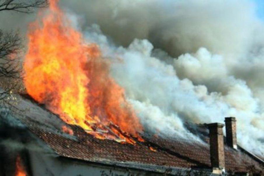 Мъж на 90 години загина при пожар в Белене