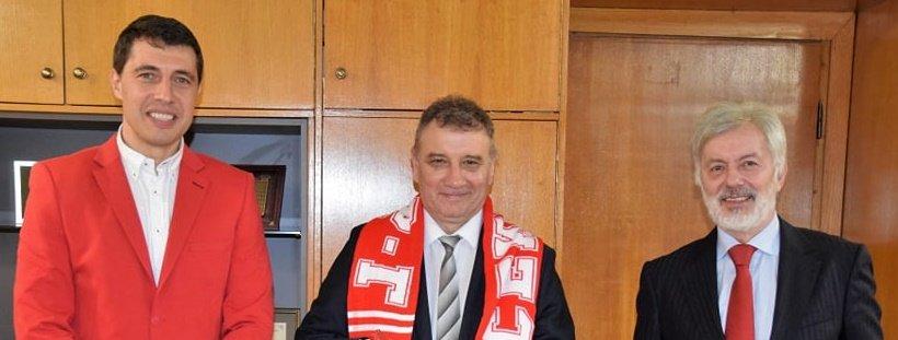 Ректорът на УНСС се срещна с Валентин Михов и Кирил Евтимов