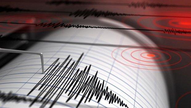 3,4 по Рихтер разтресе части на Гърция