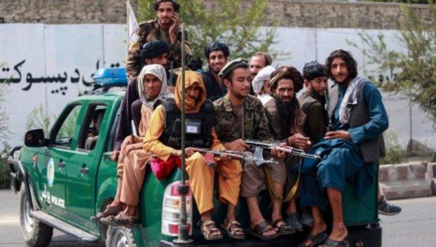 Талибаните подновиха публичните екзекуции - обесиха мъж