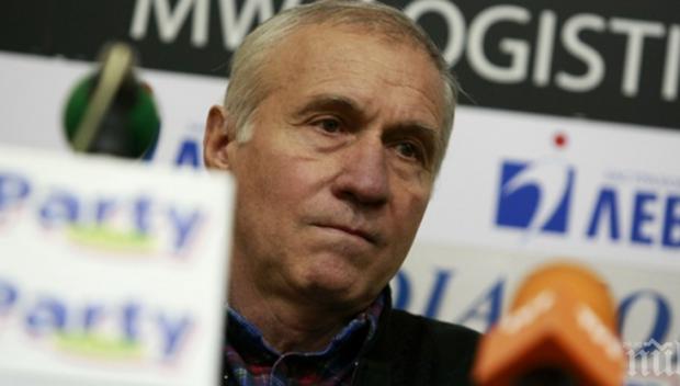 Стефан Аладжов с горещ коментар за сините
