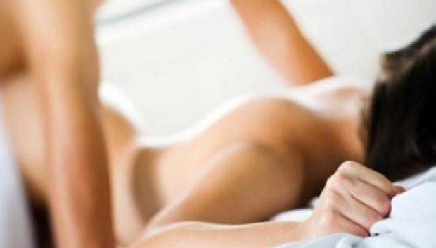 Учени откриха как страстният секс влияе върху здравето