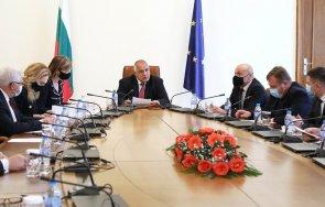 първо пик премиерът борисов 750 000 допълнителни дози ваксината пфайзер получи българия благодарение европейската солидарност