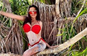 Анна Мария Чернева на Малдивите