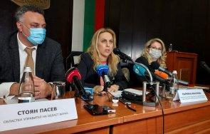 Марияна Николова пред медии във Варна: Обмислят се всякакви възможни варианти за облекчено влизане на туристите
